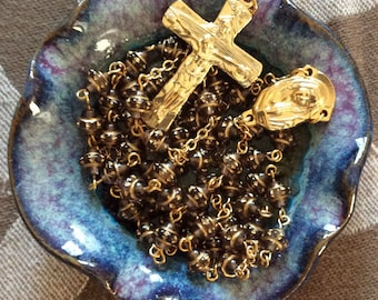 HANDMADE TABLETOP ROSARY Glass Beads and Gold Tone Base Metal Components
