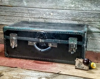 Steampunk Trunk - Black Steamer Trunk Suitcase - Storage Chest Luggage Vintage - Industrial  Home Decor Coffee Table