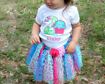 Girls First Birthday Outfit - First Birthday Shirt or Bodysuit - First Birthday Cupcake Shirt - Shabby Chic Birthday