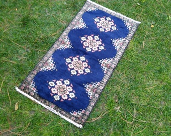 Small rug. Oushak rug. 3,1x1,6feet! 37,4x19,6inc!ı. blue rug. vintage rug. home rug. hand made rug. türkish rug. anatolian rug. home decor.