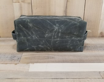 Waxed Canvas Dopp Kit, Olive Green, Waxed Canvas Bag, Mens Toiletry Bag, Travel Bag, Canvas Dopp Kit,Groomsmen Gift,Men Travel Bag,Olive Bag