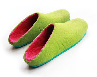 Greenhouse Clogs Mules Felted Slippers Women Loungewear, Mens Shoes Felted Clogs, Comfort Slipper Mules, Spring Gardener Gift Personalized