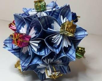 Small Kusudama Flower Ball Ornament (Presents V8)