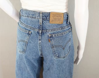 Vintage Levi 550 Jeans High Waist W27 Relaxed Fit 80's Jean Distressed Boyfriend Jean Student Size Soft Denim Orange Tab Rivets Levi Strauss