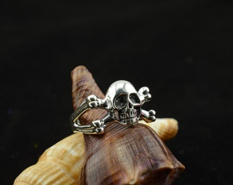bali sterling silver ring--size 8