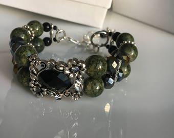 Green beads bracelet cuff bracelet Jed stone bracelet semi precious stone green bangle gift for women
