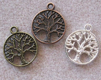 Tree of Life Charm Pendants 24mm x 20mm Silver or Antique Bronze or Copper Mix 823