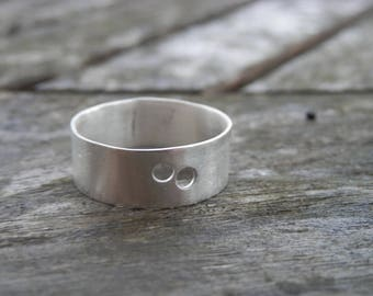 Minimalist Unisex sterling silver ring