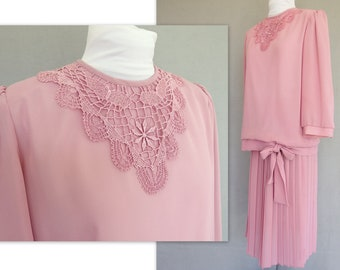 Two Piece Dress, Vintage 1980s Pink Dress with Dropped Waist and Lace - Modern Size 6 to 8, Small