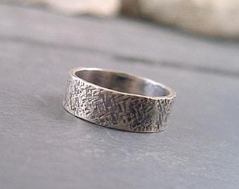 Della Ring - Sterling Silver - Size 8