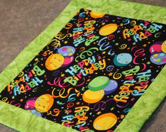 Green Happy Birthday Square   14   X 14   Table Runner Topper