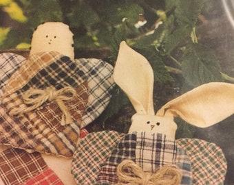 APRILSALE Country Threads Homespun Christmas pattern