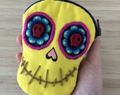 Yellow Skull Face coin pu...