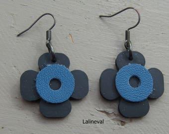 Earrings 4 flower petals blue leather and inner tube