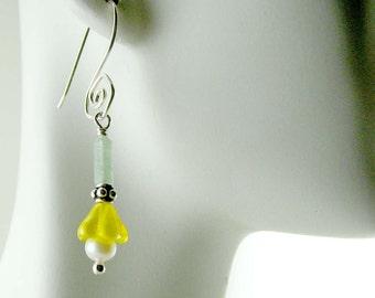 Yellow Flower Pearl Sterling Silver Dangle Earrings E356