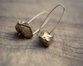 Modern Simple Earrings Gold Quartz 14K Goldfilled Hook earrings Organic Minimalist design sparkling minimal chic