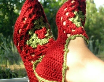 Babouches - Crochet pattern for woman's slippers with granny square - PDF
