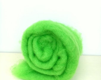 Needle felting wool, 1 oz, mint, bright lime green wool.  Maori wool blend of coopworth and corriedale. Green felting wool. Carded wool.