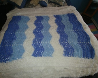 264 - Baby boy afghan Blue, Light Blue and White
