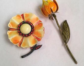Vintage emel flower brooches
