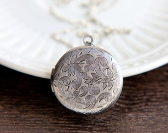 Locket Necklace, Locket Pendant, Silver Locket, Flower Locket, Bridesmaid Gift, Bridesmaid Jewelry, Bridesmaid Necklace, Gift for Women