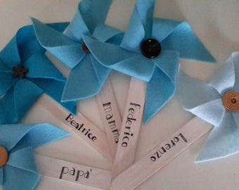 Felt pinwheels with button. Favors. Thanksgiving gifts for a party. Accessories.