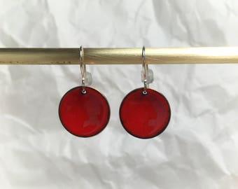 Flame red enamel simple  circle earrings