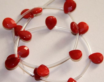 18 pcs of  Red faceted flat briolette glass beads 9X11mm