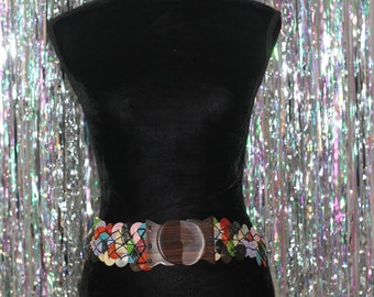 90's Multi- Color Belt with Wood Latch *Excellent Condition