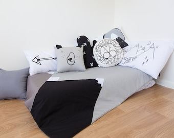 Mountain Blanket: Black, grey and white, kids room