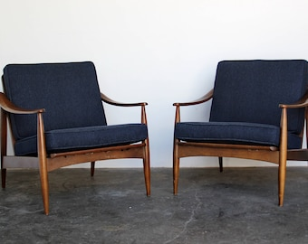 SOLD - Pair (2) of Mid Century Modern Arm / Lounge Chairs Vintage Armchairs