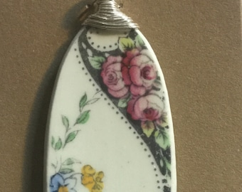 Wonderful Unique Handcrafted Pendant Antique Vintage Broken China