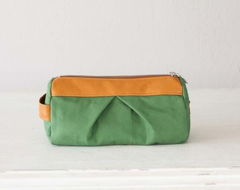 Green makeup bag, cosmetic case pencil case utility bag vanity storage case zipper pouch  - Estia Bag
