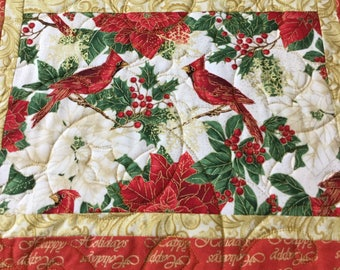 Christmas Placemats, Quilted Placemats, Cardinals Placemats, Holiday Placemats, Reversible Placemats, Sold in sets of 4,Dining Placemats,