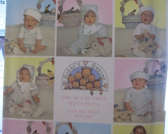 Pattern SIMPLICITY 8679 baskets, bunnies 18 CMS and 20.5 cm and in three sizes baby Hat