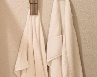 Giant Clothespin Towel Hanger, Farmhouse Bathroom Decor, Bathroom Wall Decor