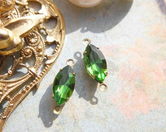 Lot 2 junction stone 10x5mm support goldtone findings vintage Olive green glass connectors