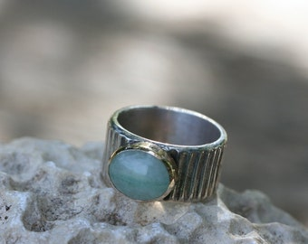 Avanturine Ring, Handcrafted Solid Silver Ring, Sterling Silver  Ring, Silver and Gold Ring, Birth Stone Ring,Green Stone Ring