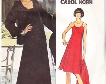 """70s Vintage Womens Sewing Pattern Halter Top Dress  & Jacket Vogue 1031 Designer Carol Horn  Size 12 Bust 34"""""""