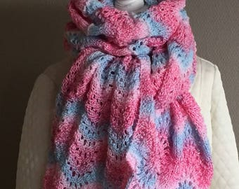 Hand knitted solidified pink gradient yarn