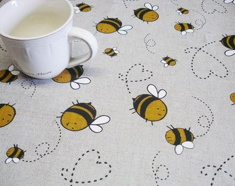 Tablecloth with Bee, Round tablecloth with bees, Linen Tablecloth, custom size linen tablecloth with bee print, summer cottage tablecloth