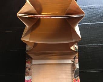 Bi-fold accordion duct tape wallet