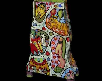Vase ceramic decorative on legs, Ceramic vase, painted vase, vase interior, bright vase, colorful vase, quadrangular vase, flower decoration