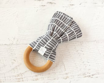 Baby Teether, Wooden Teething Ring, Crinkle Fabric Teether, Wood Teether, Teething Toy, Grey, Charcoal