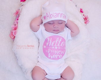 Baby shower gift..Hello I'm New Here in Pink..baby girl take home outfit..newborn girl hospital outfit..Add a matching hat to make a set