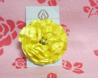 Yellow flower gem clip
