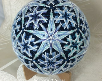 Snowflakes Japanese Temari Original Pattern by Barbara B. Suess
