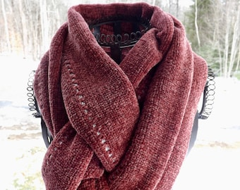 NEW ITEM! Chunky Handwoven Rayon Chenille Scarf in Old Rose