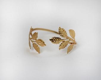 Sale!!! Five Stems Bracelet, Gold Leaves Bracelet, Wire Wrapped, Gold Plated, Flexible, Bridal Bracelet, Fairy Jewellery, Fantasy, Forest
