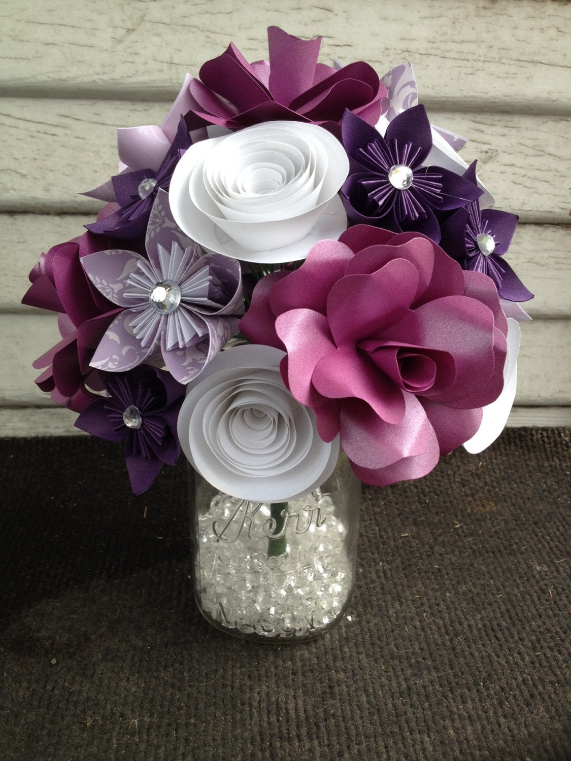 Paper flower bouquet purple flowers purple rose white zoom izmirmasajfo Choice Image